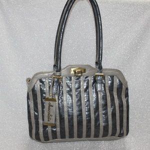Chocolate New York Leather Handbag